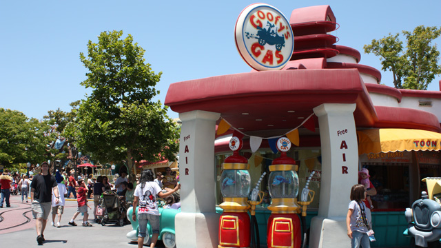 Gas Station in Toon Town