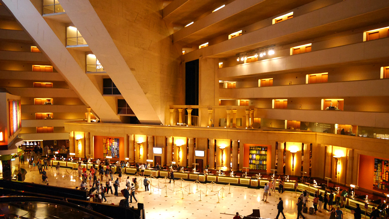 Luxor Hotel In Las Vegas Pyramide Zimmer 220 Bernachtungen