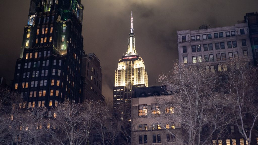 Empire State Building bei Nacht.