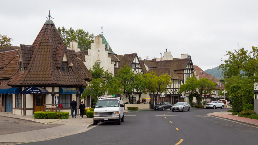 An der Main Street in Solvang.