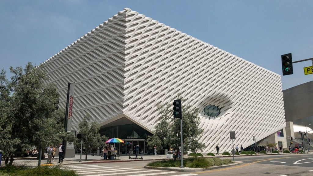 Das The Broad Museum in LA Downtown.